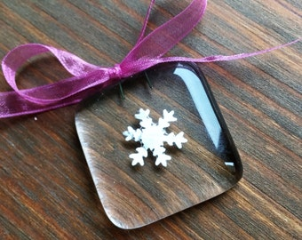 3 x christmas decoration, tree decoration, gift tag, gift for her, christmas, snowflake, fused glass
