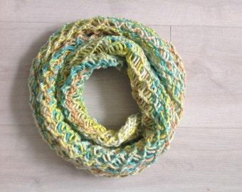 Loop scarf colorful