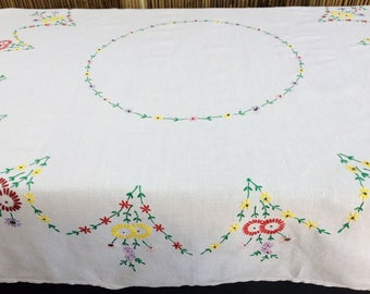 Embroidered Linen Tablecloth. Vintage Square Tablecloth. Daisies Design Floral Embroidered White Cotton Linen Tablecloth RBT1779