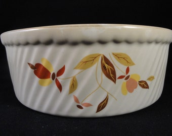 Vintage Hall Superior Jewel Tea Autumn Leaf 8 Inch Ribbed Casserole Dish Bowl Thanksgiving Serving Leaves Fall Colors Harvest Baking Dish