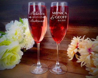 Mr and Mrs Champagne Glasses, Personalized Champagne Flute, Wedding Champagne Glasses, Engraved Champagne Glasses, Bridal, Gift, Bridesmaid