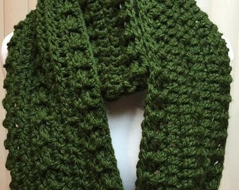 Green Scarf, Wide Scarf, Crochet Scarf, Chunky Scarf, Infinity Scarf, Green Crochet Scarf, Crocheted Scarf, Winter Scarf, Gifts for Her