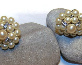 Vintage Faux Pearl with Rhinestones Clip Earrings, Clip Earrings, Gift for her, Button Earrings, vintage costume earrings, clip earrings