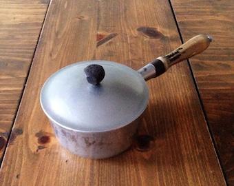 Small Vintage Majestic Cookware Heavy Aluminum Sauce/Stock Pot Retro Magestic Primitive
