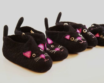 Kids Cat felted wool slippers