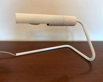 Vintage design desk lamp / table lamp / white / 70s / 80s