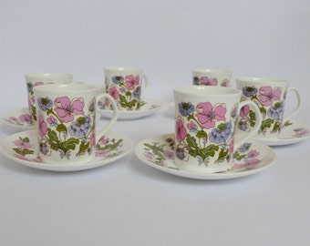 Retro Bone China Teacup Set