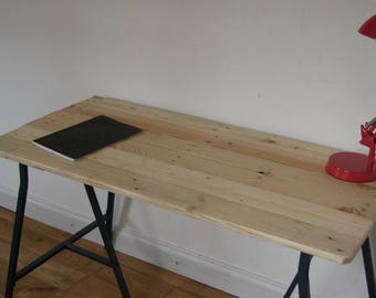 Wooden Desk with beautiful pattern 120cm