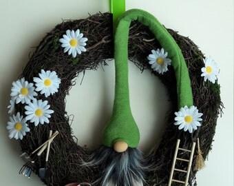 """Door wreath unique """"I must go in the garden"""""""