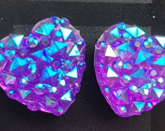 Purple iridescent, sparkly resin faceted heart stud earrings