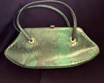 Vintage 1960s green faux croc hand bag