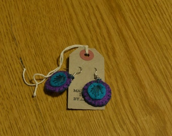 Felt hand embroidered circular dangle earrings - purple and teal
