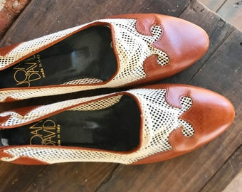 90s Leather and Mesh Joan and David Flats Womens Size 7.5, Vintage Spring Flats, leather flats, Italian flats, western flats