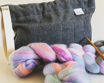 Grey/Gray wool blend knitting/crochet/craft/yarn project bag with leather strap