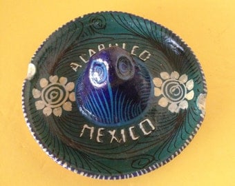 Vintage Mexican Terra Cotta Pottery Sombrero Ashtray--Sombrero Trinket Dish/Ring Holder--Acapulco Souvenir Pottery Sombrero--Folk Art Mexico