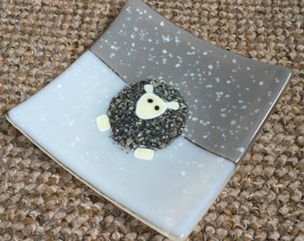 White faced snowy sheep dish