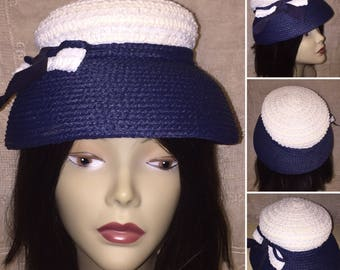 Vintage 1950s 50s 1960s Ladies Navy Blue and White Woven Hat Pillbox Bucket Hat Spring Summer