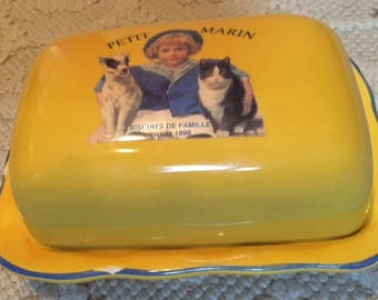Petit Marin Butter Dish, Biscuits De Famille depuis 1898, Jars France, Paris je T'aime, Covered Butter Plate,Two Piece,Yellow w/Blue Accents