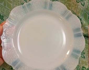 Opaque Plate
