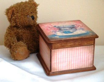 Child storage box, jewellery box