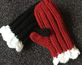 Harley Quinn black & red baby/toddler mittens