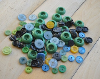 Button vintage Blue green yellow black decor Mix retro small button Craft project Sewing button Scrapbooking button Lot 100+ of button