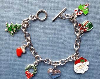 Christmas Bracelet - Christmas Charm Bracelet - Christmas Jewelry - Charm Bracelet - Holiday Bracelet - Chrstimas - Chrstimas Jewelry - B143