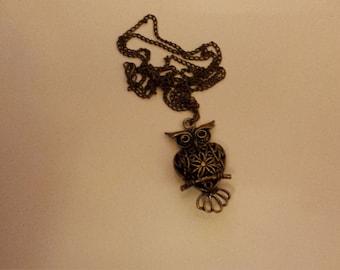 Bronze feather detail owl pendant necklace