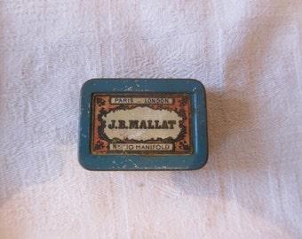 J. B. Mallat box of writing quills