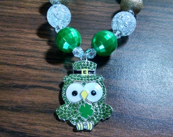 St. Patrick's Day Chunky Girls Bubblegum Necklace.  Green Owl Gumball Necklace
