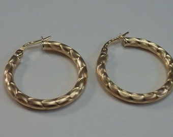 18K Yellow Gold Twisted Hoop Earrings 1""