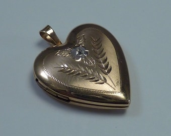14K Yellow Gold Heart Shaped Locket