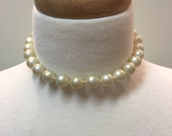 Vintage Les Bernard large faux pearl choker FREE SHIPPING