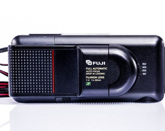 FUJI DL-50 Automatic Camera in MINT condition