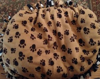Handmade fleece pet bed medium