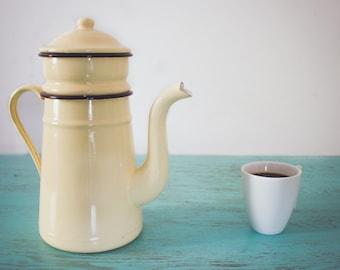 Coffeemaker enameled vintage beige 30 years