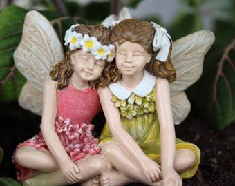 Fairy Garden Sister Figurine, Two Fairy Friends in Pink & Yellow, Miniature Fairy Statue Garden Decoration, Fairy Theme Birthday Party Decor