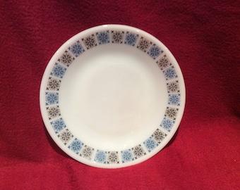 "Pyrex JAJ Chelsea Tea Plates 6.5"" diameter"