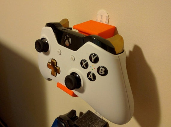 3d Printed Controller Wall Mounts Pair Of Xbox One Wii U