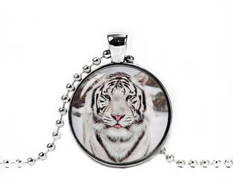 White Tiger Necklace 25mm Glass Pendant White Tiger Pendant Novelty Necklace