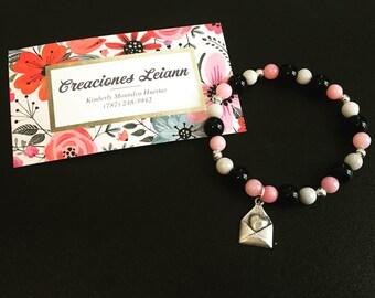 Love envelope bracelet with Jade beads