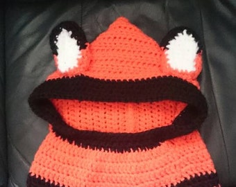 Handmade crochet foxes hooded cowl