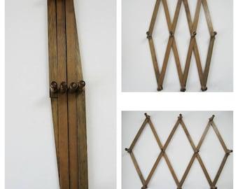 Accordion Peg Rack, Vintage Wall Decor, Wood Hanging Rack, Wooden Peg Rack, Farmhouse Decor Rustic Home Decor, Country Home Decor, Coat Rack
