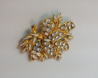 Art Decco Brooch in gold tone metal with lovely glitzy stones free gift pouch free uk shipping