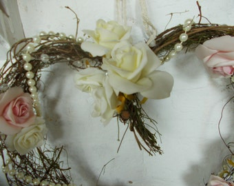 pretty pearl and roses garland wreath