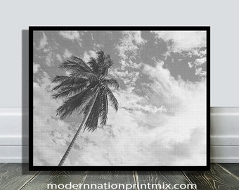 Palm Tree Print, Tropical Grey Decor, Beach Photo,Tropical Nature, Modern Minimal,California, Hawaii,Black and White, Minimalist, Beach