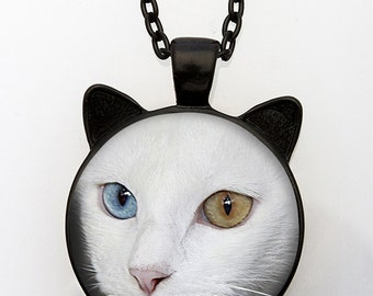 Beautiful White Cat Different Eyes, White Cat Pendant With Ears, White Cat Pendant, Cat Lover Gift, Various EYES Cat Necklace