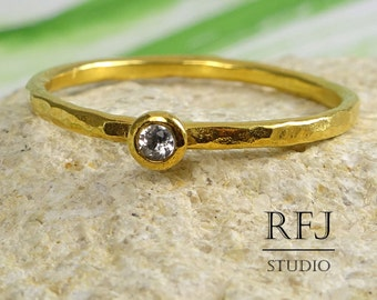 Natural White Topaz Gold Hammered Ring, 24K Yellow Gold Plated 2 mm Round Cut Mined White Topaz Ring, April Birthstone Gold Stacking Ring