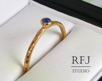 Hammered Lab Sapphire Rose Gold Ring, September Birthstone 2mm Blue Corund 14K Rose Gold Plated Ring Rose Gold Plated Stacking Sapphire Ring