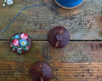 Hand painted wooden buttons with flower detail